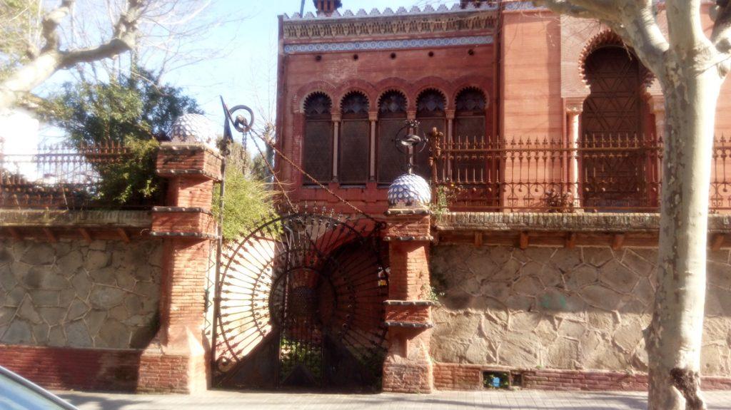 Baró the Viver arabic & indians influences