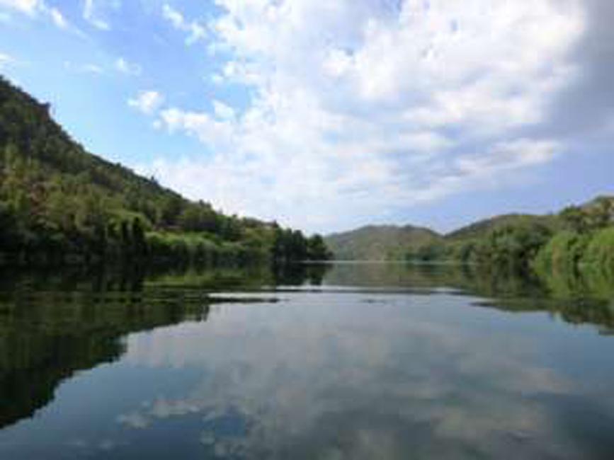 Miravet river